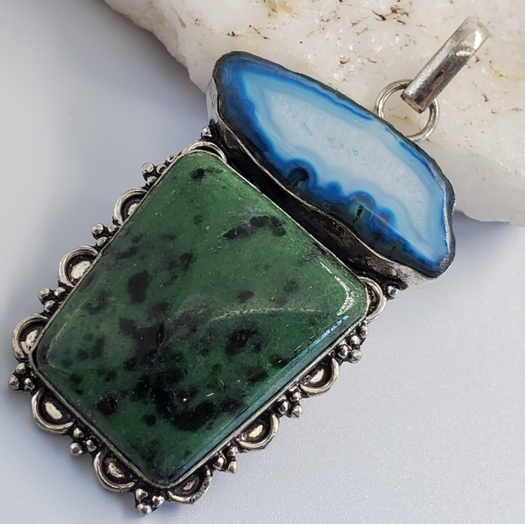 Hand Crafted Jewelry - Large Silver Pendant Serpentine & Blue Agate Stone